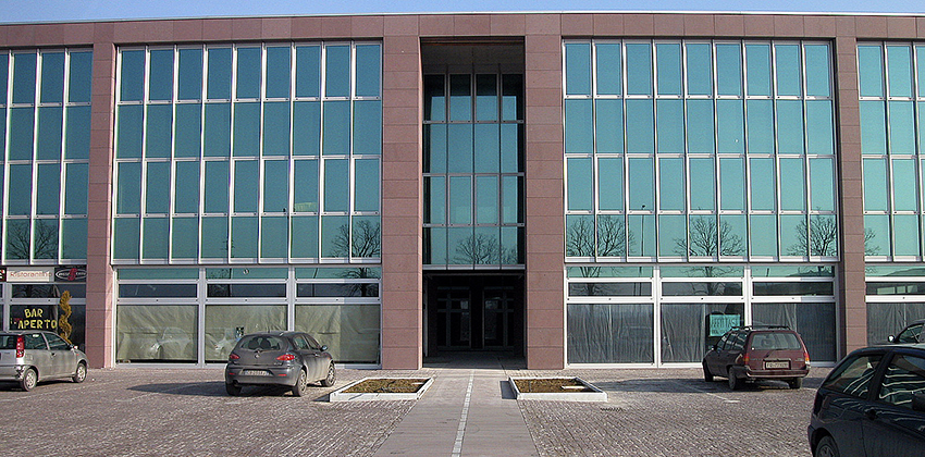 Centro commerciale Forlì - Rivestimento esterno