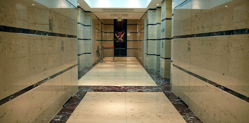 Reference Tokyo (Japan) Hotel with Aurisina Fiorita marble tiles