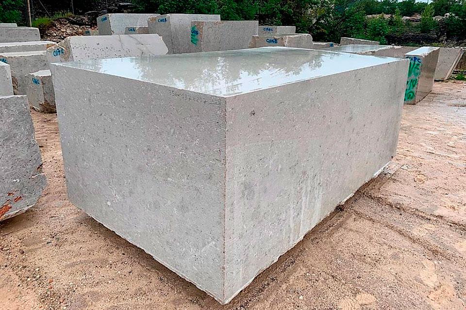 Blocco marmo di Aurisina #2