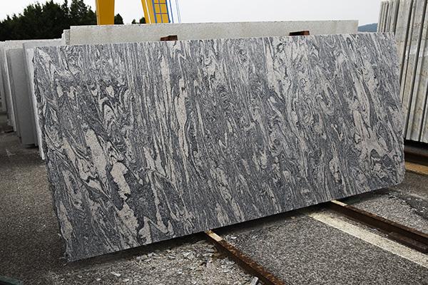 JUPARANA SILVER Granitplatten