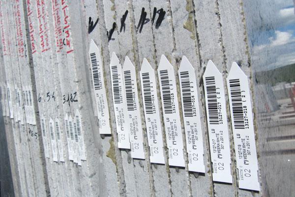 etichette su lastre