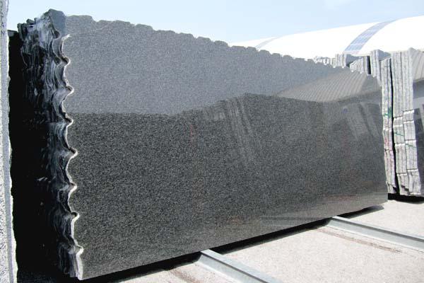 Lastre granito NERO IMPALA lucide