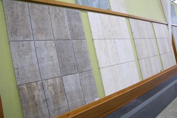 esposizione travertini vari - modulari per esterno
