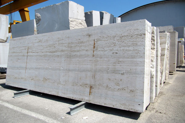 Roman Travertine slabs thickness 3 cm