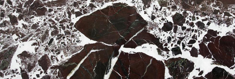 ROSSO LEVANTO márvány